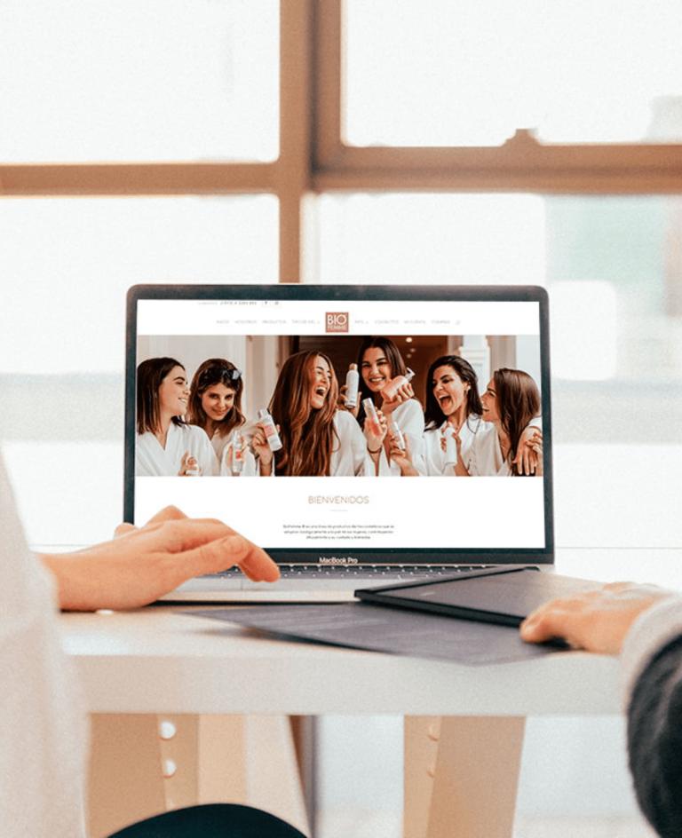 Img Seo 9 Creamos Estrategias De Marketing Digital Que Obtienen Resultados Palpables Para Tu Negocio.